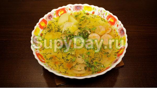 Летний легкий суп с сосками и макаронами