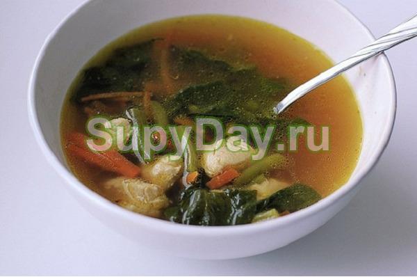 Суп гуляш с говяжьим сердцем и зелёной фасолью