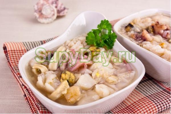 Суп гуляш из морепродуктов