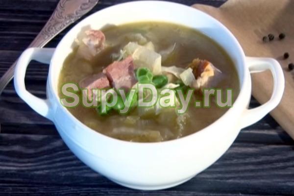 Суп с капустой и беконом