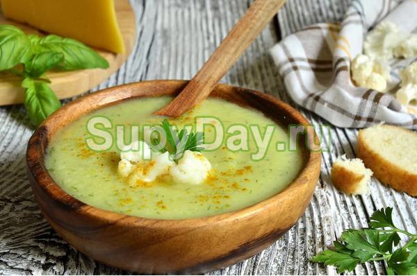 Простой крем-суп из брокколи