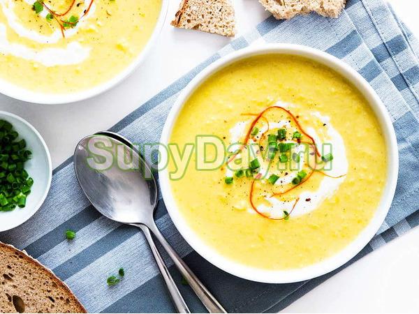 Суп из зеленой спаржи с кокосовым молоком