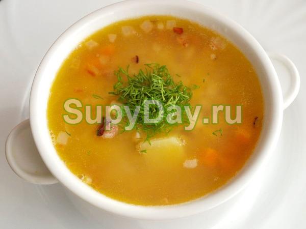 Суп с говяжьими ребрами и перловкой