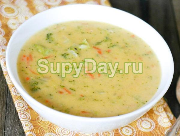 Самый бюджетный суп с грибами на бульоне