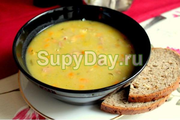Классический гороховый суп в мультиварке
